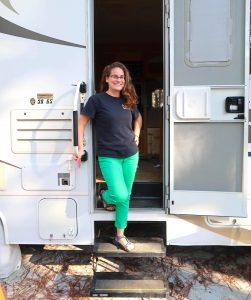 Liz Wilcox Blogger Bio