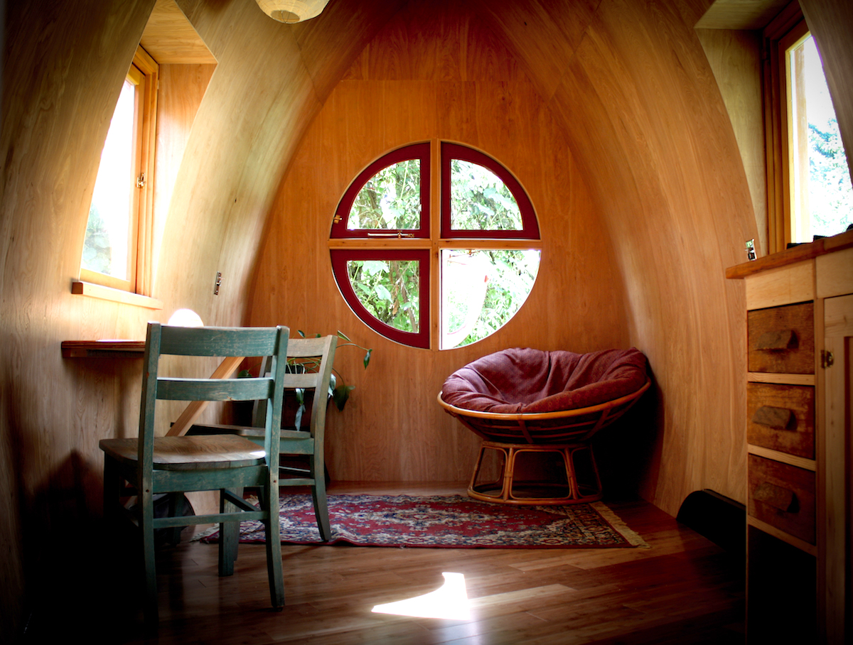 zyl vardos trailer tiny home rv window