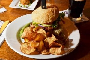 city steam brewery connecticut burger food photo